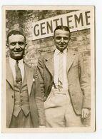Homme Men Men Duo Elegance Playboy Gay Gentlemen Wc Public - Persone Anonimi
