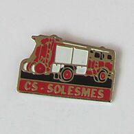 1 Pin's Sapeurs Pompiers De SOLESMES (SARTHE - 72) - Pompiers