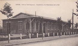 62. ARRAS. CPA. RARETE.  CITE DU PETIT- BAPAUME. CONSULTATION DES NOURISSONS DE LA CITE - Arras
