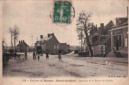 CPA. SAINT ANTOINE. Environs De Nevers. Jonction De La Route De Guétin. Animée. - Nevers
