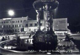 Cattolica - Piazzale Del Grande Albergo E Fontana - Formato Grande Viaggiata – E 17 - Rimini
