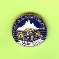 Pin's Bataillon De Marins Pompiers Marseille - 6F25 - Pompiers