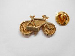 Beau Pin's En Relief , Cyclisme Vélo - Ciclismo