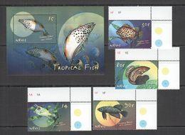 A042 NEVIS FAUNA MARINE LIFE TROPICAL FISH 1BL+1SET MNH - Vissen