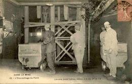 MÉTIERS - Carte Postale - Mines - L'Accrochage Du Fond - L 67173 - Mines