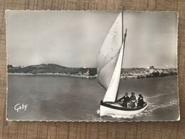 COURSEULLES SUR MER Yacht Au Large - Courseulles-sur-Mer