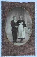 Grande Photographie Ancienne De Mariage Médaillon  Femme Coiffe Et Costume Traditionnel Breton Bretagne 29 ?? - Anonyme Personen