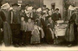 FRANCE - Carte Postale - Les Mariages De Plougastel Devant La Boutique De La Marchande De Goasteis ( Gâteaux ) - L 67215 - Plougastel-Daoulas