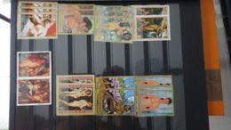 G97 Collection Thématique NUS Et SCULTURES. A Saisir !!! - Stamps