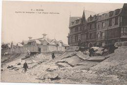 Cpa C42   MERS Après La Tempête La Digue Défonçée - Mers Les Bains