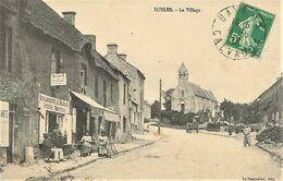 SUBLES  - Le Centre Du Village - Boulangerie épicerie - Belle Animation - Otros Municipios