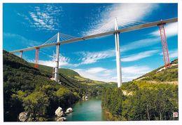 [12] Aveyron > Millau - CPM Photo  VIADUC De  MILLAU Designer Foster Photo Daniel Jamme *PRIX FIXE. - Millau