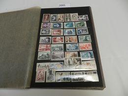 France : Accumulation De Centaines De Timbres/series Neufs ( Pluspart Sans Charnières ), REGARDER S.V.P. - Stamps