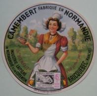 Etiquette Camembert - La Normande - Industrie Laitière Du Cotentin à Bricquebec 50 Normandie - Manche   A Voir ! - Cheese