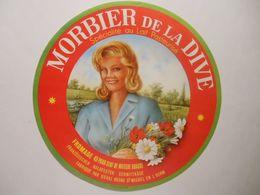 GG008 - Grande étiquette De Fromage MORBIER DE LA DIVE - UCAL LUCON 85F Vendée - Cheese