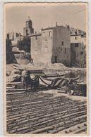 Carte Photo Saint Tropez (83) Le Port Des Pêcheurs Sur La Côte Des Maures  Séchage Des Filets  Eclecta - Lieux