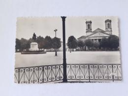 CPSM La Roche Sur Yon 85, L'église Saint Louis Et La Statue De Napoléon 1er, 1949 - La Roche Sur Yon