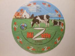 GG014 - Grande étiquette De Fromage - MIZOTTE - USVAL SAINT-MICHEL-EN-L'HERM VENDEE 85 - Cheese