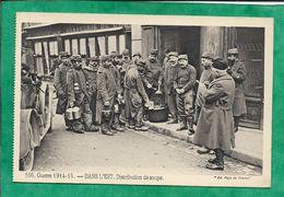 Delle (90) Café Brasserie De L'Est Grand' Rue - 105. Guerre 1914-15. - DANS L'EST Distribution De Soupe. 2scans Sabots - Delle