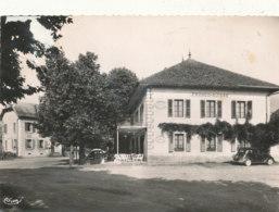 74 )) SAINT PIERRE DE RUMILLY    Restaurant Franco Suisse Et La Poste - Other Municipalities