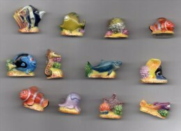 Série Complète 12 Fèves Brillantes LE MONDE DE NEMO Disney/pixar 2004 - Disney