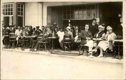 FRANCE - Carte Postale Photo - Terrasse D'un Café  - Photographe De Granville - L 67480 - Te Identificeren