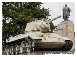 REPRODUCTION | Postcard | Soviet Tank T-34 | Berlin, Germany | World War II - Guerra 1939-45