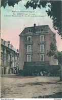 05  EMBRUN -  L' HOTEL  MODERNE  T. C. F  Et  La  PORTE  D' ITALIE - Embrun