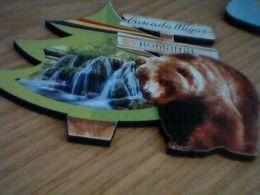 MAGNETS CASCADA BIGAR ,BEARS -ROMANIA - Animals & Fauna