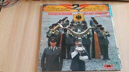 Musikkorps Und  Soldatenchor  Der 11. Panzer-Grenadier-Division   - Polydor - 2 LP - Vinyles