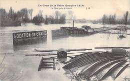 75 - PARIS 16° - INONDATIONS De PARIS ( Janvier 1910 )  Quai Près D'AUTEUIL ( Pancarte Location De Bateaux ) CPA Seine - Alluvioni Del 1910