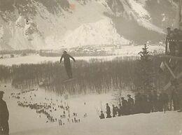 Ref Y849- Photo 11x8,5cms - Sports D Hiver - Ski - Tremplin - Saut A Ski - - Sport