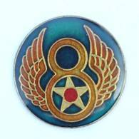 Pin's Insigne 8TH AIR FORCE - 8 Ailé Et étoile - USA - J025 - Armee