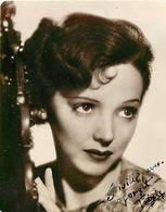 Ref Y817- Artistes - Autographe De L Artiste Trixie De Dalrymple - Ecosse 1937- Scotland - (10,5x8,5cms ) - Handtekening