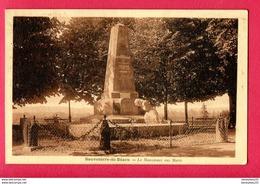 CPA (Réf : Z115)  Sauveterre-de-Béarn (64 PYRÉNÉES ATLANTIQUES) Le Monument Aux Morts - Sauveterre De Bearn