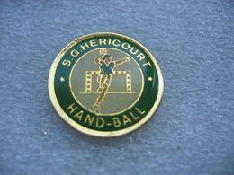 Pin's SGH De La Ville De Héricourt (Sports Généraux D'Héricourt)  Section Hand Ball - Pallamano
