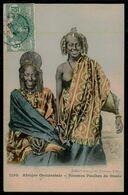 AFRIQUE OCCIDENTALE - Femme Aux Seins Nus - Femmes Peulhes Du Oualo.( Ed. Coll. Générale Fortier Nº 1155) Carte Postale - South, East, West Africa
