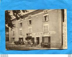 Gleizé-Chervinges-café Restaurant PASSOT-jeu De Boules Tabacs-terrasse Animée-+cyclistes-a Voyagé En 1932 - Autres Communes