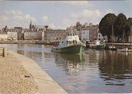 VANNES. Le Port. La Rabine. Les Vedettes D'excursion Pour Le Golfe Du Morbihan - Vannes