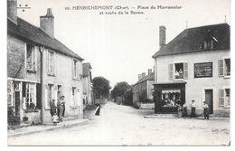 Cpa Henrichemont - Place Du Marronnier Et Route De La Borne . - Henrichemont
