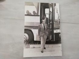 20241     PHOTO DE PRESSE 17X26CM  FRANCE JEAN PIERRE BLOCH DEPUTE ET SON GARDE DU CORPS - Photographs