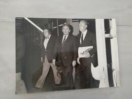 20248     PHOTO DE PRESSE 18X26CM  FRANCE  ROBERT HERSAN ANDRE AUDINOT ET JEAN MIOT 29-09-1982 - Photographs