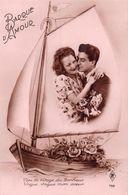 Barque D'Amour Mon Rêve - Voile - Bateau - Roses - Couple - Vers Le Rivage Du Bonheur - Couples