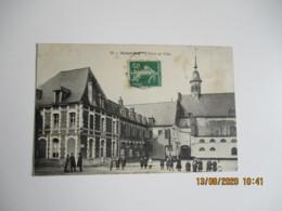 Cpa 62 Saint Pol Place Hotel Ville - Saint Pol Sur Ternoise