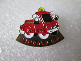 PIN'S   POMPIER  AMICALE S P  SAINT ETIENNE - Pompiers