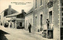 """Frossay * Au Migron * Rue De La Chaussée * Café """" Descente Du Canal Maritime """" Débit De Tabac - Frossay"""
