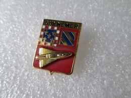 PIN'S   MILITARIA  BLASON   GUYNEMER  AVIATION  Email  Relief - Armee