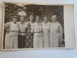 D173088   Hungary  - Old Photo - ZUGLIGET  Zugligeti Kirándulás  1938  Group Of Women - Personnes Anonymes