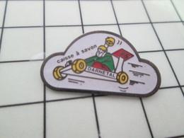 616c Pin's Pins / Beau Et Rare / THEME : SPORTS / AUTOMOBILE COURSE DE CAISSE A SAVON DARNETAL - Automobilismo - F1