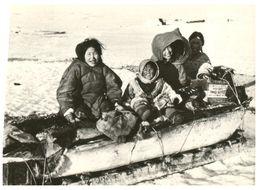 (J 6) Eskimaux - Eskimo - Indigenous Circumpolar Peoples - Sin Clasificación